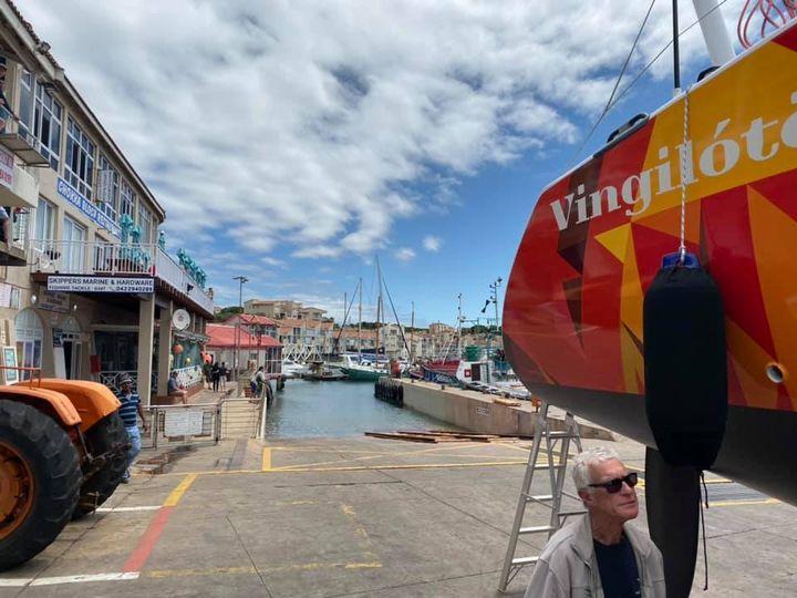 Getting into St. Francis harbor to launch Vingilótë!