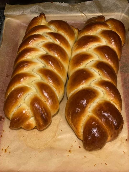 The finished Challah bread