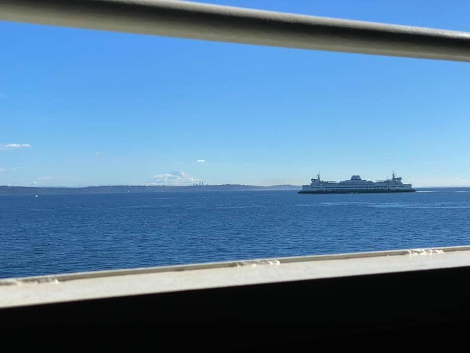 On the ferry to Vingilótë