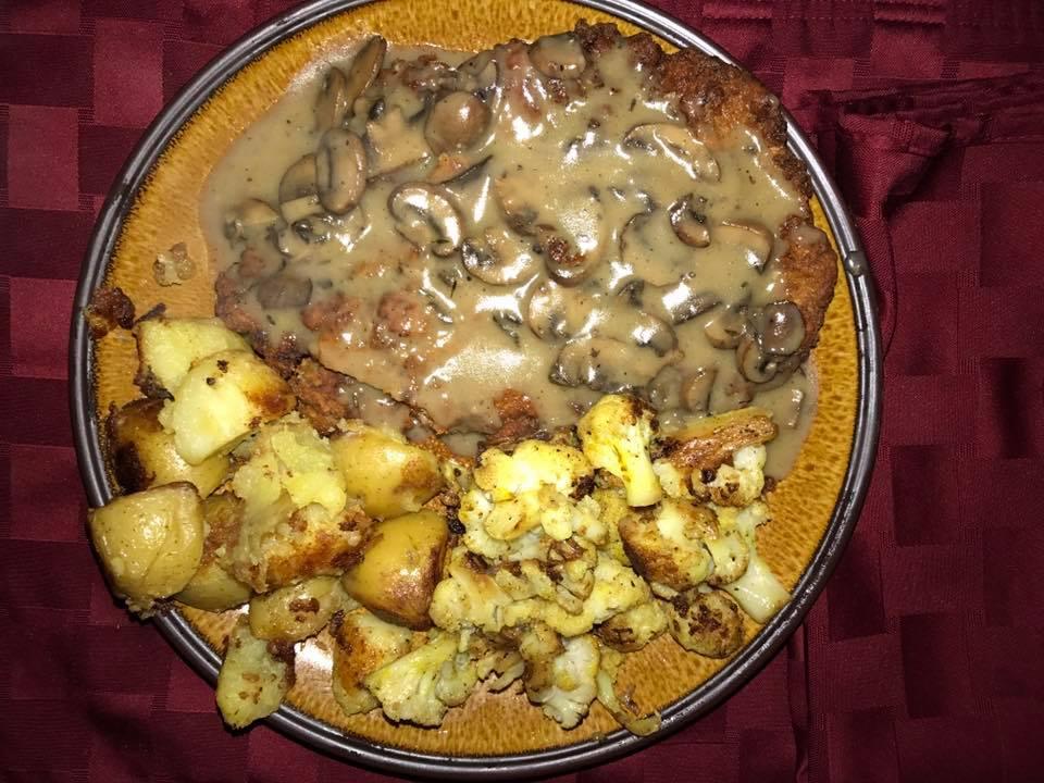 Tonight's dinner.  Chicken fried steak with a mushroom grav